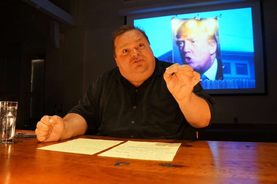 Monologuist Mike Daisey talks about journalism as a dying industry in his show in Berkeley. Photo: Courtesy Of Mike Daisey.