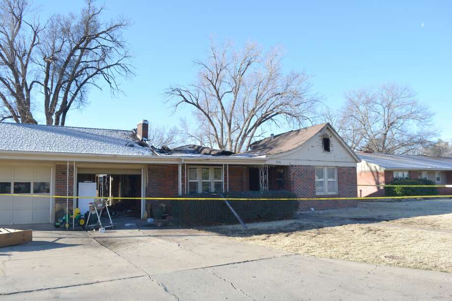 An early-morning fire Tuesday gutted the Roxanne Barrentos residence at 208 NE. Alpine. There were no injuries.
