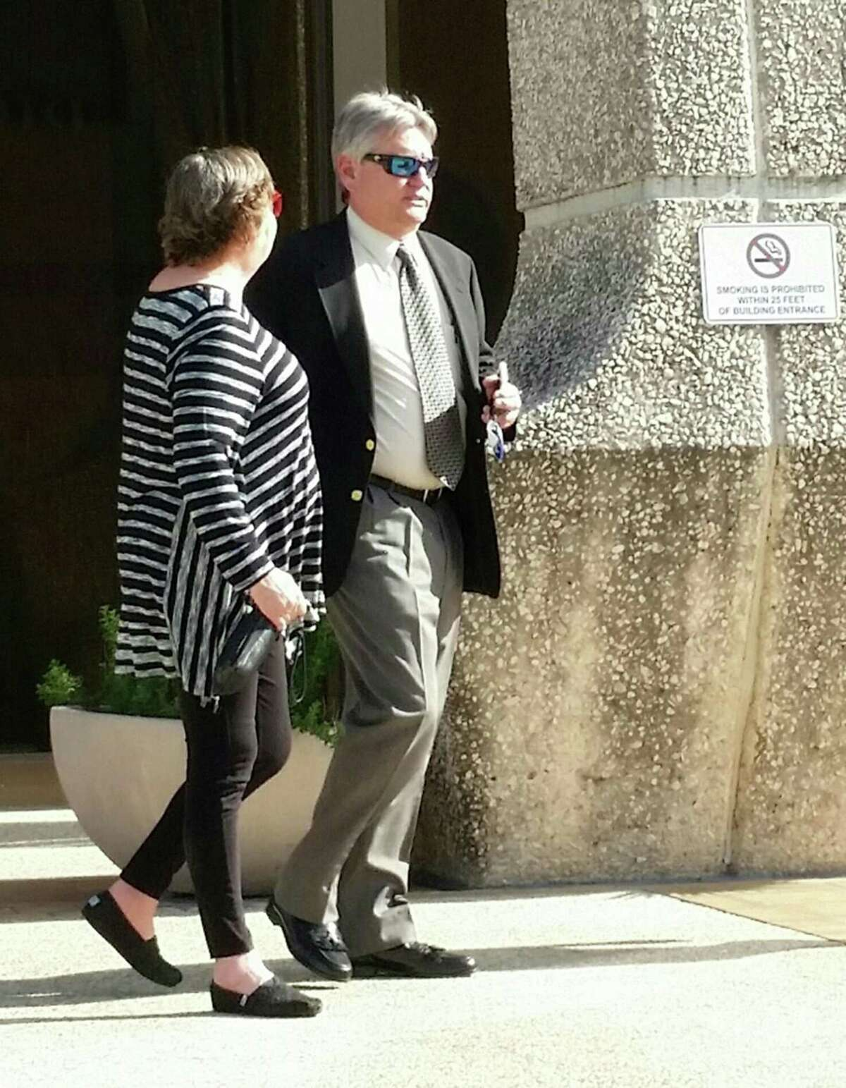 Curtis DeBerry had pleaded guilty to aiding and abetting his wife to conceal assets during a bankruptcy that was tied to his failed Progreso Produce, which was based in Boerne.