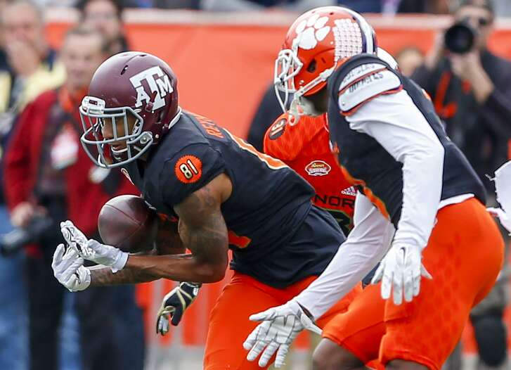 Wwide receiver Josh Reynolds of Texas A&M catches a pass during the first half of the Senior Bowl on Jan. 28, 2017, at Ladd-Peebles Stadium in Mobile, Ala.