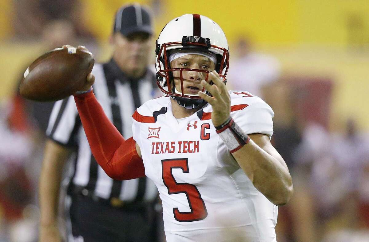 Texas Tech's Patrick Mahomes looks to pass against Arizona State during the first half on Sept. 10, 2016, in Tempe, Ariz.