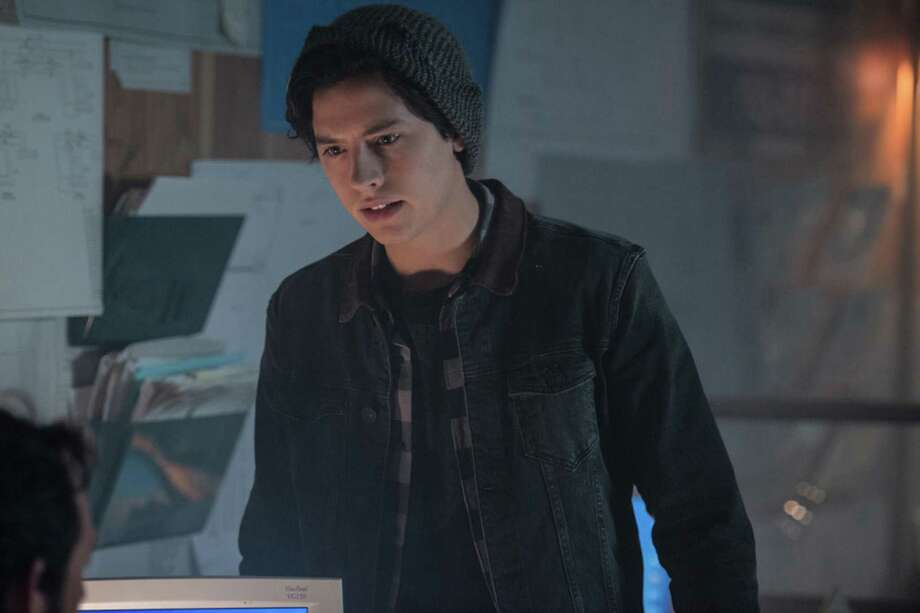 'Riverdale' episode 5 preview: Betty unearths some revelations; Archie tries to focus