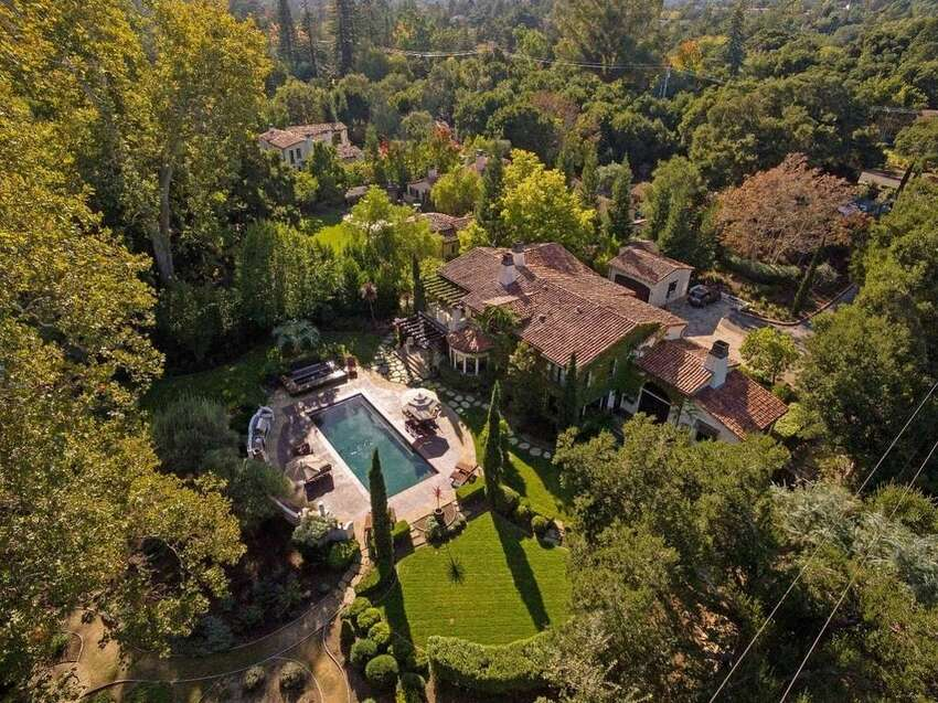 More from above. Drone footage? Photos: Edward Graziani/the Sereno Group via Realtor.com