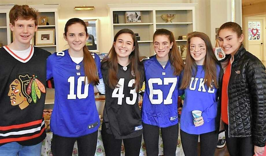 Max Gifford, left, Olivia Sheridan, Julia Sulkowski, Holly Knight, Vivi Reeves, and Michelle LaBadie from the First Presbyterian Church of New Canaan served up pasta fagioli soup on Souperbowl Sunday and raised $617 for the New Canaan Food Pantry. Photo: Contributed Photo / Contributed Photo / New Canaan News
