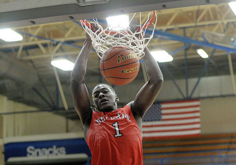 PHOTOS: The top high school basketball recruits in HoustonBellaire's Max Evans puts on a dunk show somewhere in the Houston area almost every Tuesday and Friday night, which is why he's signed a letter of intent to play with Vanderbilt.Browse through the photos above to see the top junior and senior high school basketball recruits in Houston. Photo: Craig Moseley/Houston Chronicle