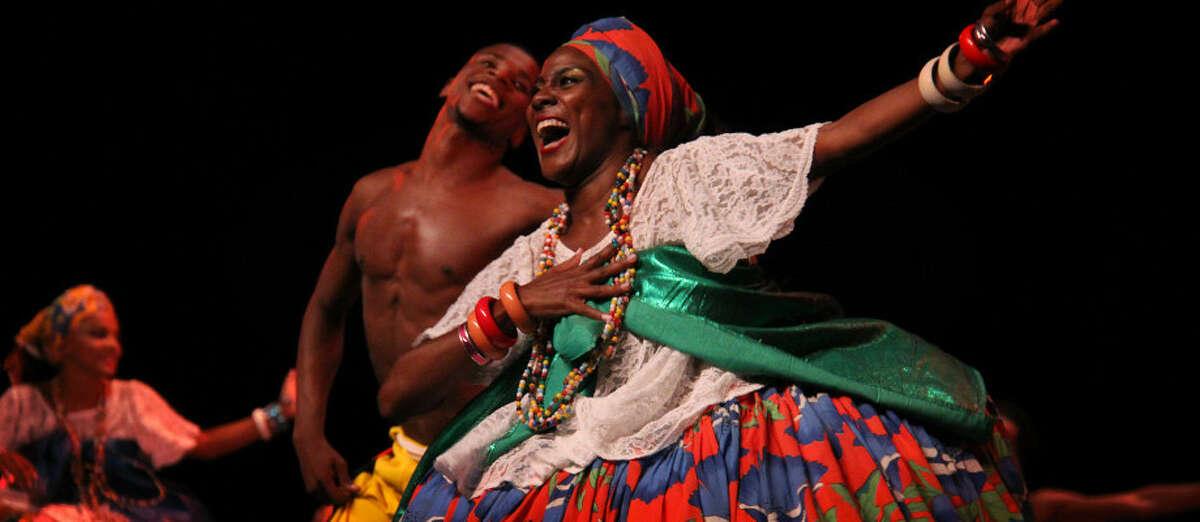 Review: Brazilian dance troupe brings energy to Proctors