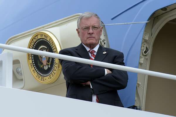 Acting National Security Adviser Keith Kellogg waits for the arrival of President Donald Trump at the top of the steps of Air Force One at Andrews Air Force Base in Md., Friday, Feb. 17, 2017. (AP Photo/Susan Walsh)