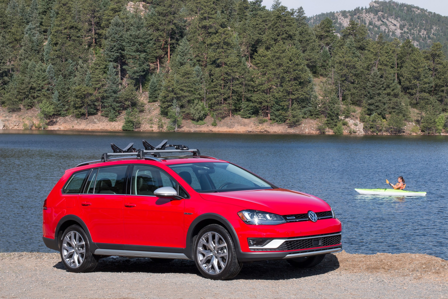2017 Golf Alltrack: Volkswagen's fun-to-drive wagon