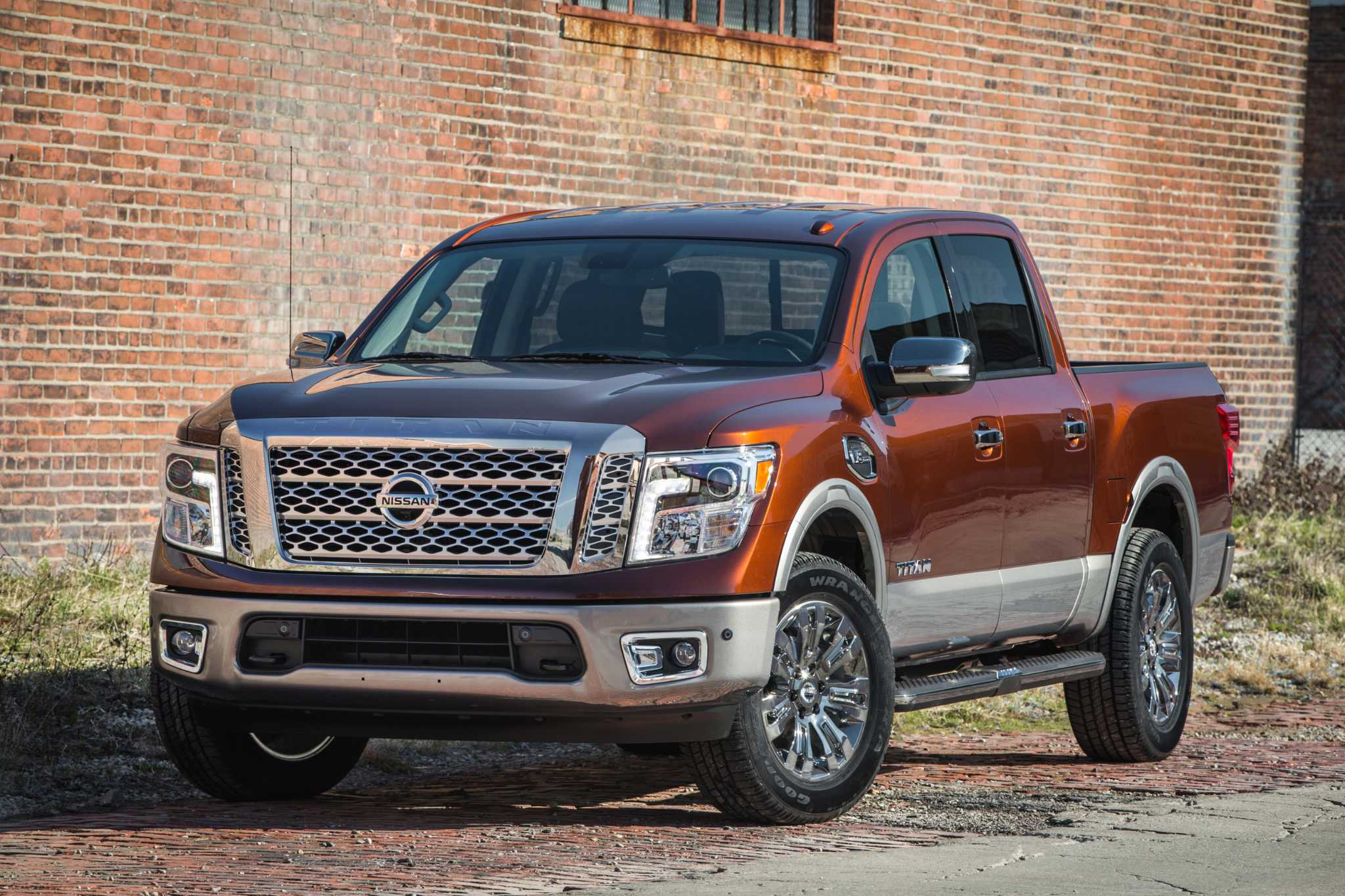 Nissan's back in the game with new 2017 Titan half-ton