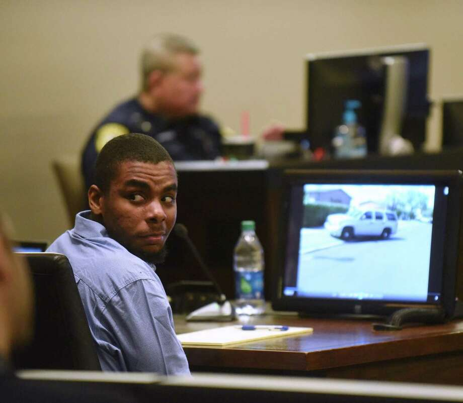 Darnell Rogers, defending himself on a charge of attempted capital murder, sits in 227th State District Court on Friday, Feb. 17, 2017. Rogers allegedly was involved in a shootout with Bexar County Constable Precinct 4 deputies on Sept. 18, 2015. Photo: Photos By Billy Calzada / San Antonio Express-News / San Antonio Express-News