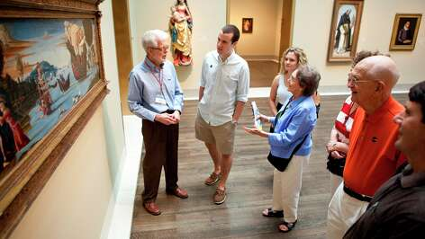 The Museum of Fine Arts, Houston provides an opportunity for volunteers to donate their time to an area of interest.