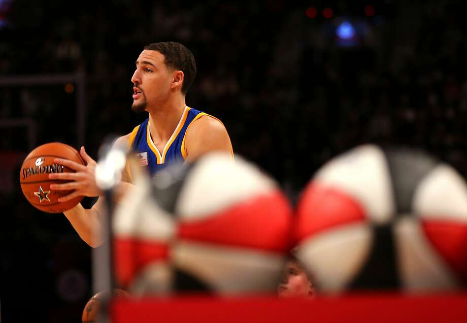 TORONTO, ON - FEBRUARY 13:  Klay Thompson of the Golden State Warriors  shoots in the Foot Locker Three-Point Contest during NBA All-Star Weekend 2016 at Air Canada Centre on February 13, 2016 in Toronto, Canada. NOTE TO USER: User expressly acknowledges and agrees that, by downloading and/or using this Photograph, user is consenting to the terms and conditions of the Getty Images License Agreement.  (Photo by Elsa/Getty Images) Photo: Elsa, Getty Images