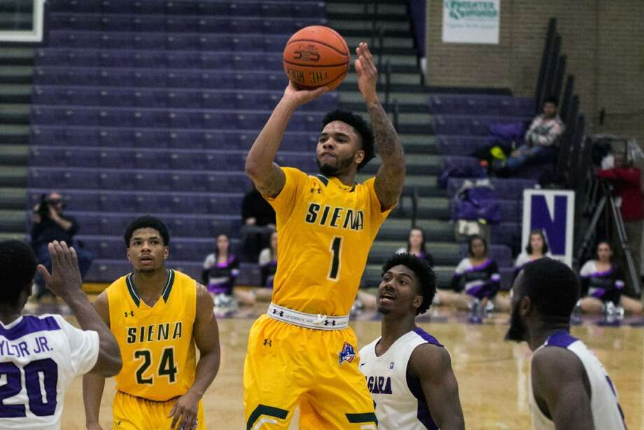 Marquis Wright had 13 points in Siena's loss at Niagara on Jan. 4. (Paul Battson/Special to the Times Union)