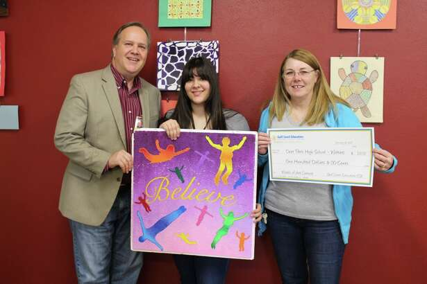 "Gulf Coast Educators FCU awards schools in art contest  Photo Cutline Image 4: ""Words of Art"" Contest Participant, Deer Park High School – Wolters Campus. Pictured left to right: Clyde Skarke (DPHS-Wolters Principal), Andrea ""Andy"" Elizondo (Student), Kim Jackson (GCEFCU)."
