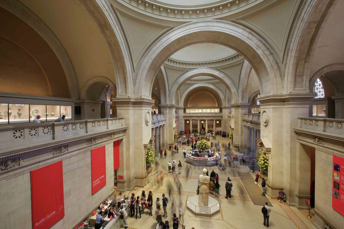 The Great Hall of the Metropolitan Museum of Art, in New York, Sept. 22, 2016. The Met, one of the most pre-eminent cultural institutions in the world, is now struggling with missteps and the perils of overreaching at a time of uncertain resources. (Benjamin Norman/The New York Times) ORG XMIT: XNYT27