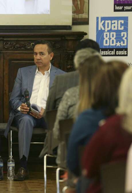 State Sen. Carlos Uresti, seen at the State of Child Welfare Town Hall at Christ Episcopal Church on Nov. 17, 2016, is under investigation regarding his connection to FourWinds Logistics, a defunct oil field services company accused of defrauding investors. Photo: Jerry Lara /San Antonio Express-News / © 2016 San Antonio Express-News