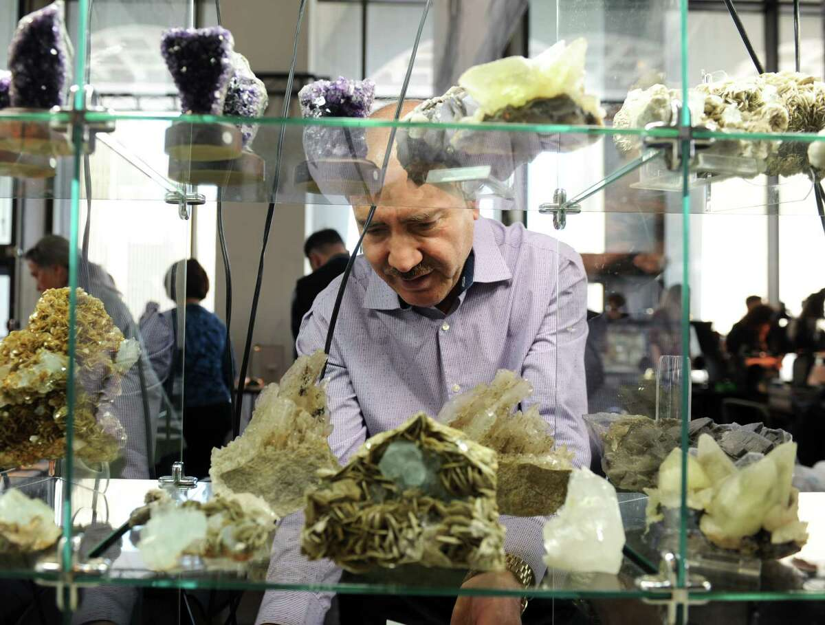 People gathered at the New York State Museum in Albany, N.Y. on Feb. 19, 2017 for an exhibit on rocks and minerals. (Robert Downen / Times Union)