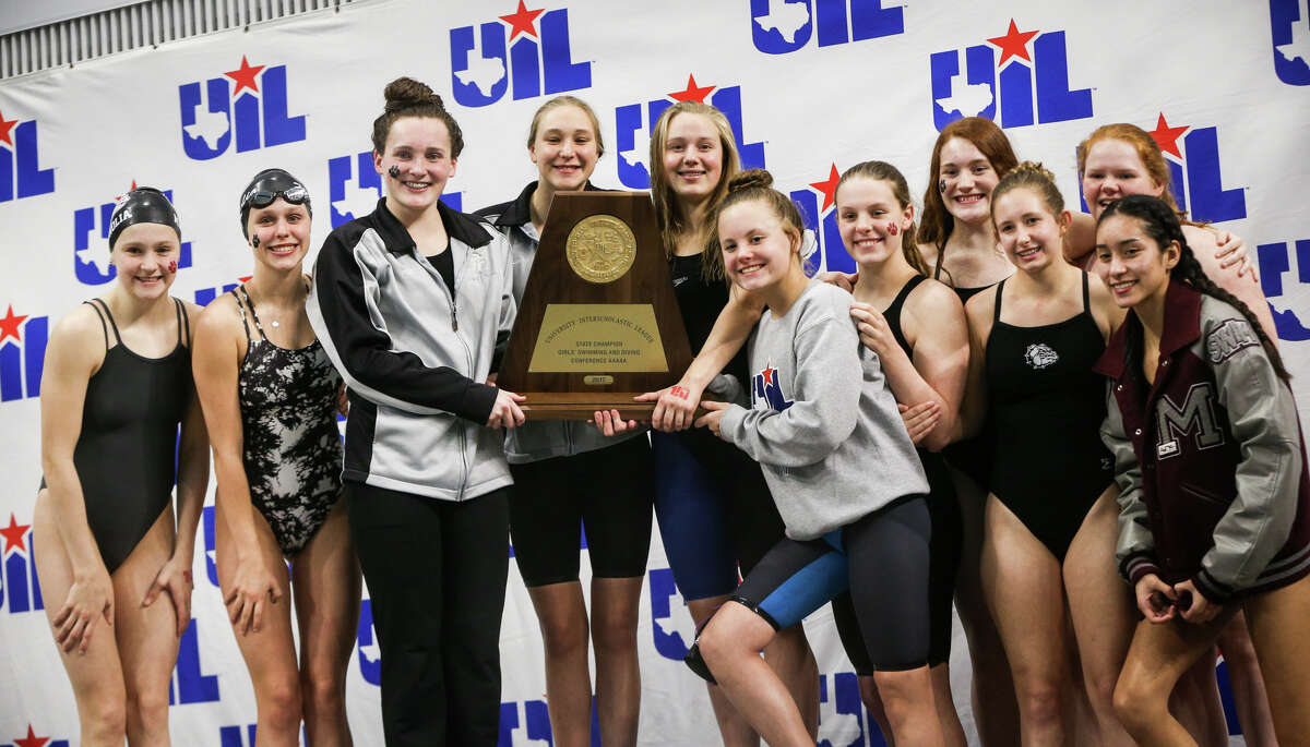 Magnolia places first overall during the Class 5A UIL Swimming and Diving State Meet on Saturday, Feb. 18, 2017, in Austin. (Michael Minasi / Chronicle)