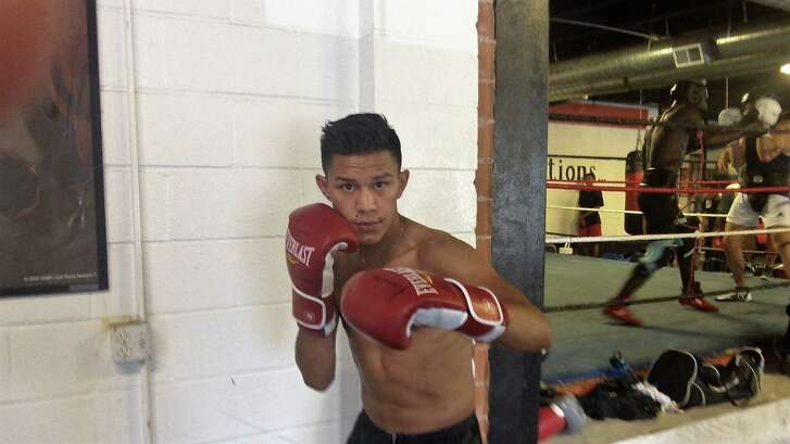Undefeated Houston featherweight Miguel Flores (21-0, 9 KOs) hopes a world title shot will be waiting, should he beat Dat Nguyen (19-3, 6 KOs) in a 10-round fight on Tuesday night at Silver Street Studios.
