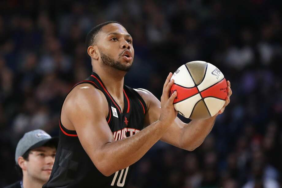 The Rockets' Eric Gordon will try to defend his 3-point contest championship during NBA All-Star Saturday this weekend. Photo: Ronald Martinez/Getty Images