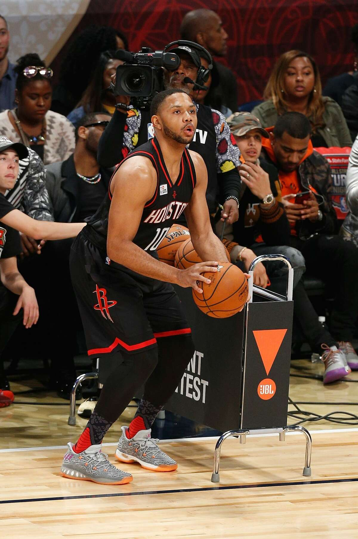 NEW ORLEANS, LA - FEBRUARY 18: Eric Gordon #10 of the Houston Rockets competes in the 2017 JBL Three-Point Contest at Smoothie King Center on February 18, 2017 in New Orleans, Louisiana. NOTE TO USER: User expressly acknowledges and agrees that, by downloading and/or using this photograph, user is consenting to the terms and conditions of the Getty Images License Agreement. (Photo by Jonathan Bachman/Getty Images)