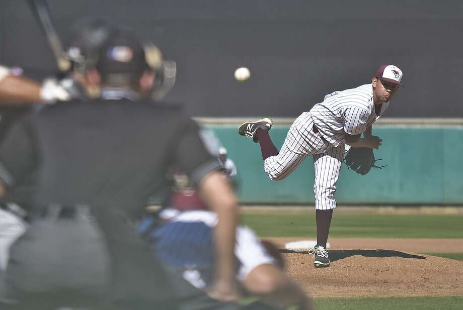 TAMIU pitcher Osvaldo Raya is one of 10 seniors playing their final collegiate games this weekend. The Dustdevils host Newman in a doubleheader at 11 a.m. Friday at Uni-Trade Stadium before the regular-season finale Saturday at the same time. Photo: Danny Zaragoza /Laredo Morning Times File / LAREDO MORNING TIMES