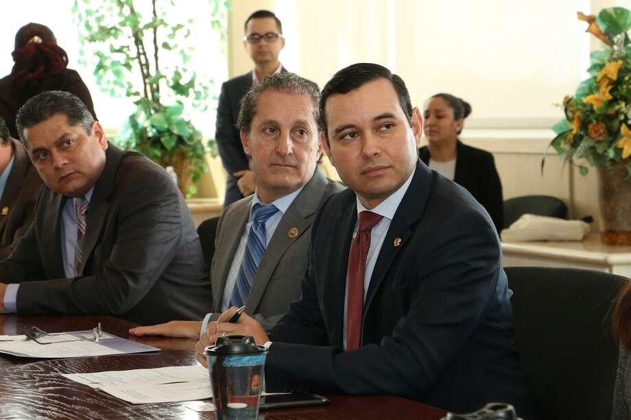 Representantes de la Asociación de Agentes Aduanales de Nuevo Laredo, México y Laredo Forwarding Agents estuvieron presentes en la reunión con el puerto de Manzanillo y el puerto de Laredo. Photo: Foto De Cortesía