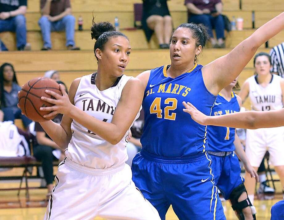 TAMIU forward Rosebrooke Hunt Photo: Cuate Santos /Laredo Morning Times / Laredo Morning Times