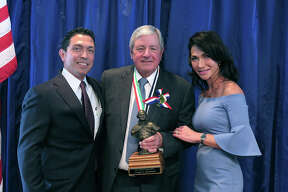 The 2017 WBCA Mr. South Texas Luncheon, honoring Douglas Macdonald, was held at the Laredo Country Club on Saturday, February 18, 2017.