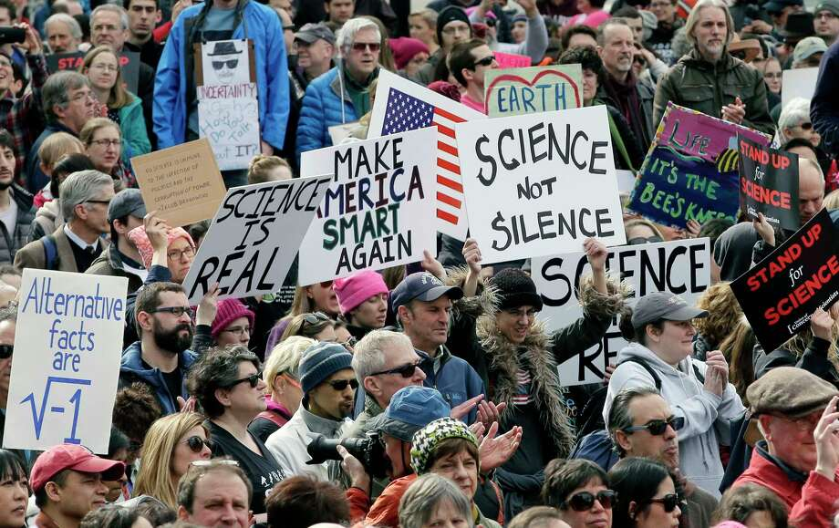 Hundreds gathered Sunday in Boston for the Rally to Stand Up for Science, an effort to encourage respect for objective information in policymaking. Photo: Steven Senne, STF / Copyright 2017 The Associated Press. All rights reserved.