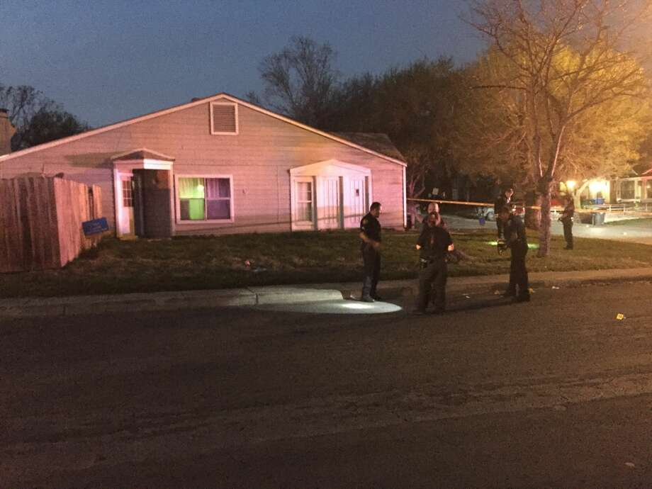 San Antonio police say two minors were injured in a shooting Sunday evening, Feb. 29, 2017, on the Northeast Side. Photo: By Quixem Ramirez, Express-News