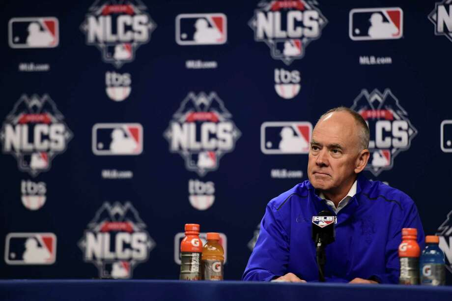FILE — Sandy Alderson, the New York Mets' general manager, speaks before a playoff game at Citi Field in New York, Oct. 16, 2015. Coming off a triumphant season in which his years of rebuilding paid off in a pennant, Alderson will take leave to undergo eight to 12 weeks of chemotherapy, the Mets announced on Dec. 4. (Ben Solomon/The New York Times) ORG XMIT: XNYT33 Photo: BEN SOLOMON / NYTNS