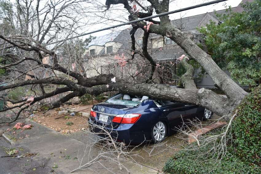 1. Tornados hit overnight in 2017 Multiple tornadoes moved through the area on Feb. 18, 2017. The National Weather Service categorized one tornado that touched down on Linda Drive near the Quarry in Alamo Heights as EF-1. It had a path length of 4.5 miles and a wind speed of 105 miles per hour. The NWS later confirmed two additional twisters.