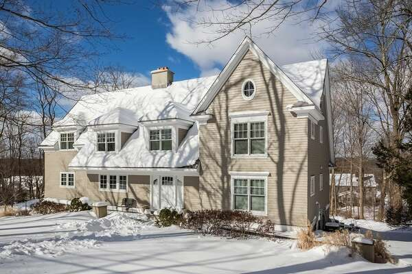 224 West Ln, Ridgefield, CT 06877    4 beds 4 baths 3,900 sqft   Open House: 2/26/17 1pm - 3pm  Features: Wine room/butlers pantry,  lower level recreation room with steam room and full bath       View full listing on Zillow