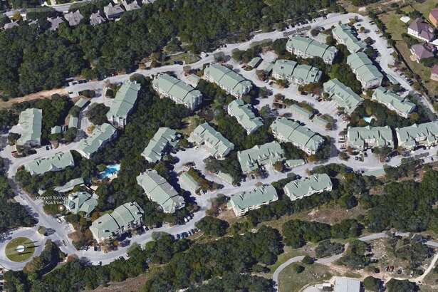 A group of investors led by Ilan Investments of Houston bought the Vineyard Springs apartment complex for more than $40 million earlier this month.