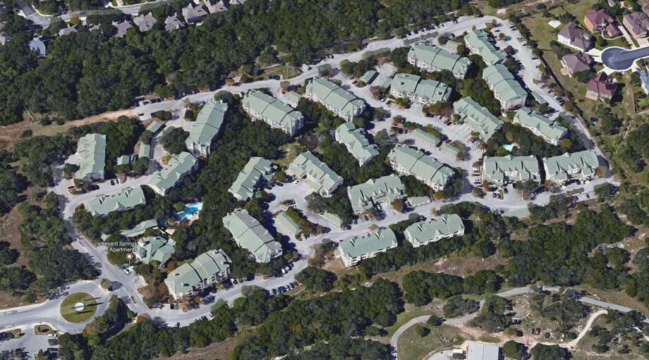 A group of investors led by Ilan Investments of Houston bought the Vineyard Springs apartment complex for more than $40 million earlier this month. Photo: Google Maps