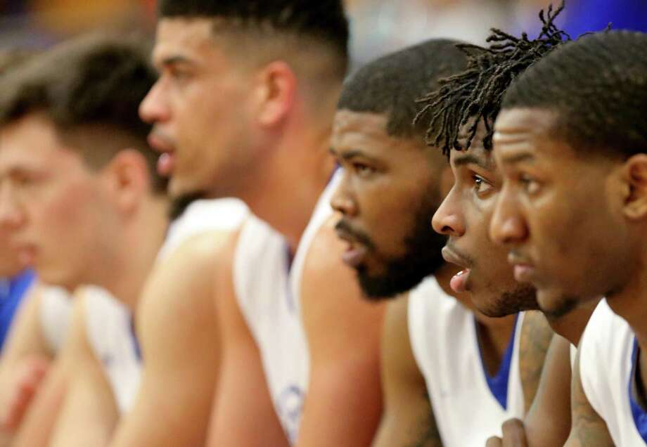 Members of Our Lady of the Lake University watch from the bench Thursday Feb. 9, 2017 at Mabee Gymnasium on the OLLU campus. Photo: Edward A. Ornelas, Staff / San Antonio Express-News / © 2017 San Antonio Express-News
