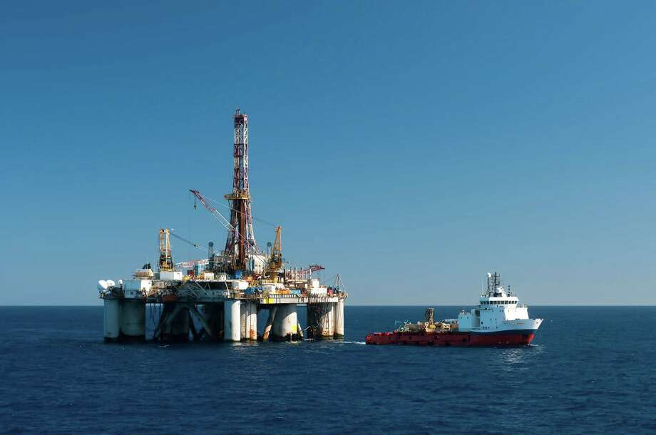 Offshore operation Photo: Carlo Leopoldo Francini / iStockphoto