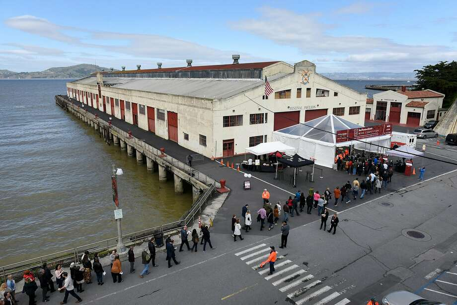 The 2017 San Francisco Chronicle Wine Competition public tasting was held at the Fort Mason Center in San Francisco on Saturday, Feb. 18, 2017. Photo: Michael Short, Special To The Chroincle