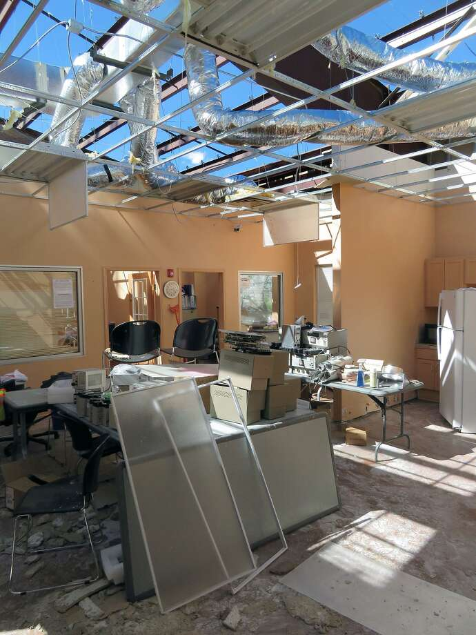 The roof at the City of Laredo Public Works and Traffic departments at 5512 Thomas Ave. was damaged by severe weather that swept through the area Sunday evening. Photo: Cuate Santos / Laredo Morning Times / Laredo Morning Times