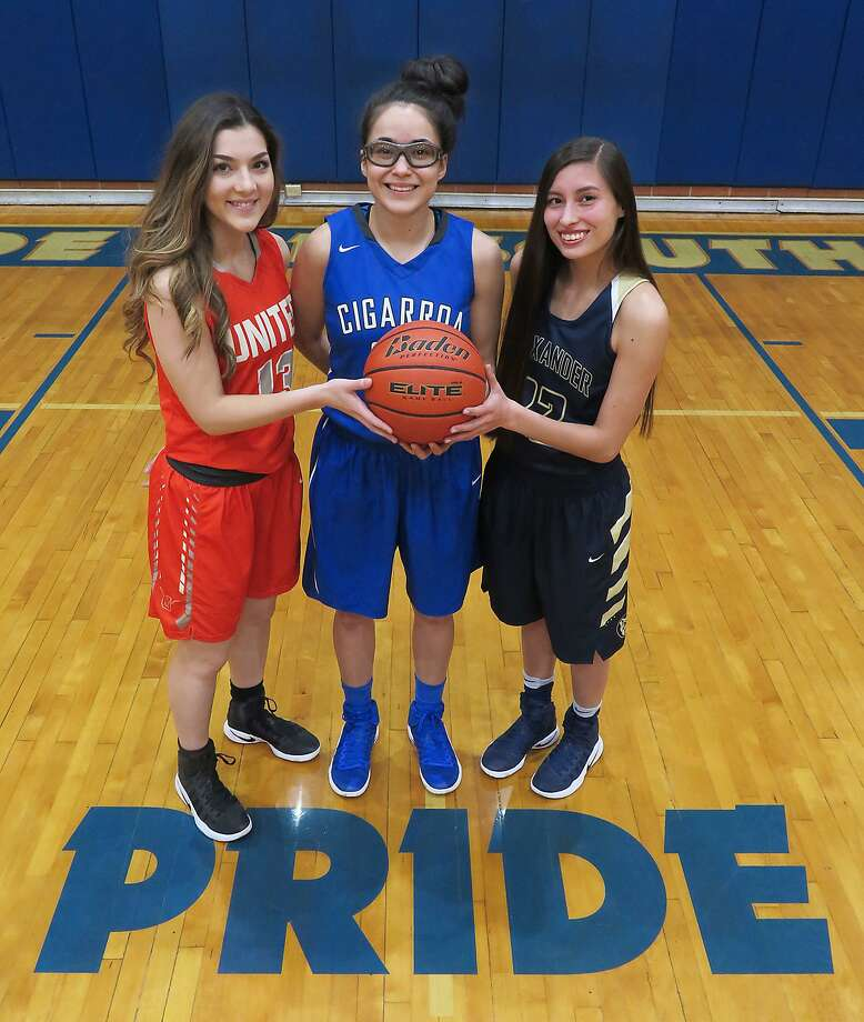 Gabriella Romo and United, Leslie Alvarado and Cigarroa and Rhena Esqueda and Alexander are all attempting to clinch a spot in the regional tournament Tuesday. Photo: Cuate Santos /Laredo Morning Times / Laredo Morning Times