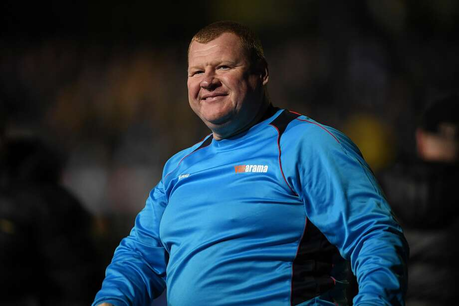Reserve goalkeeper Wayne Shaw of Sutton acknowledges the crowd after The Emirates FA Cup Fifth Round match between Sutton United and Arsenal at Gander Green Lane on February 20, 2017 in Sutton, Greater London. Photo: Mike Hewitt/Getty Images