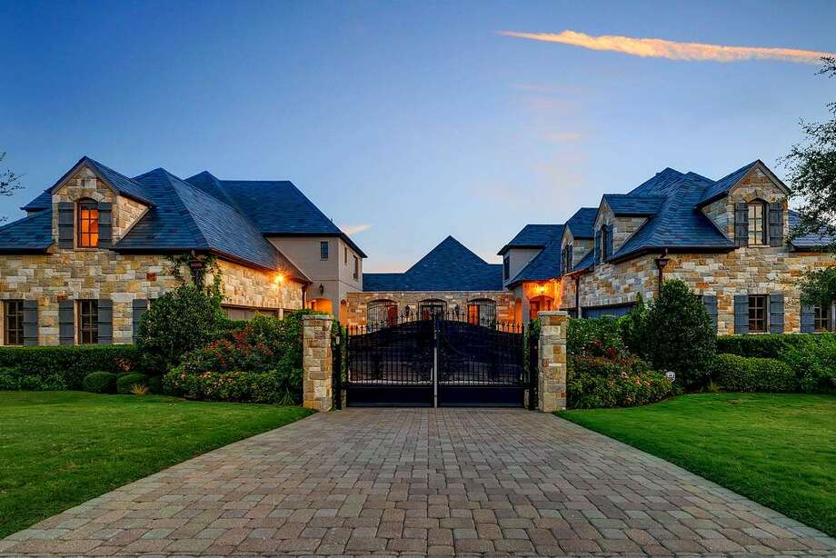 Pop star Selena Gomez listed her Fort Worth mansion in February but has recently taken it off of the market. Photo: Houston Association Of Realtors