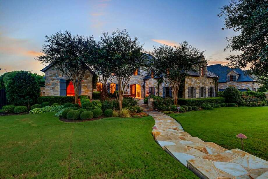 Pop star Selena Gomez is selling her Fort Worth mansion. Photo: Houston Association Of Realtors