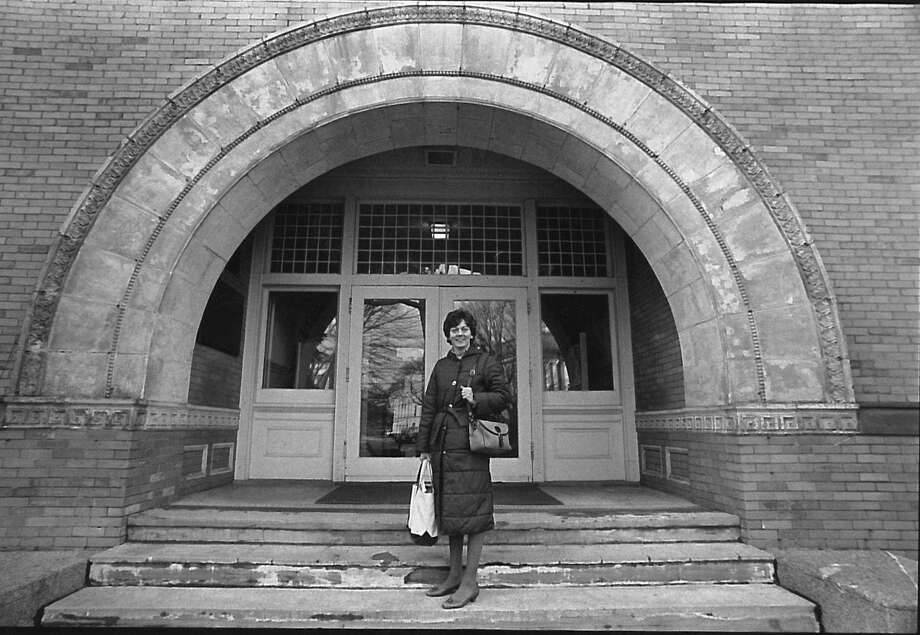 Sheila Sherwood, a teacher at Western Junior Middle School, poses on the steps of the Greenwich Board of Education on Greenwich Avenue on Jan. 27, 1988. The photo was arranged for a Greenwich Time story on staff development in the schools. Photo: Mel Greer /