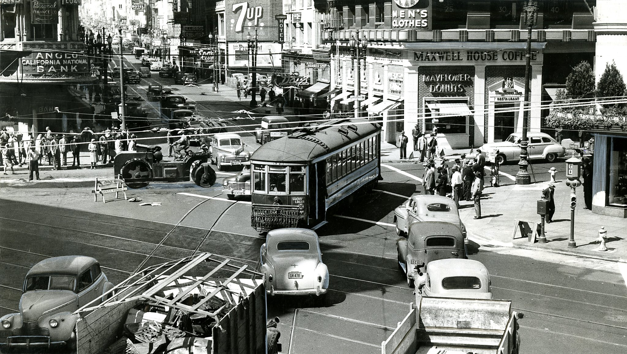 Rare Unseen Downtown San Francisco Photos Show City Life