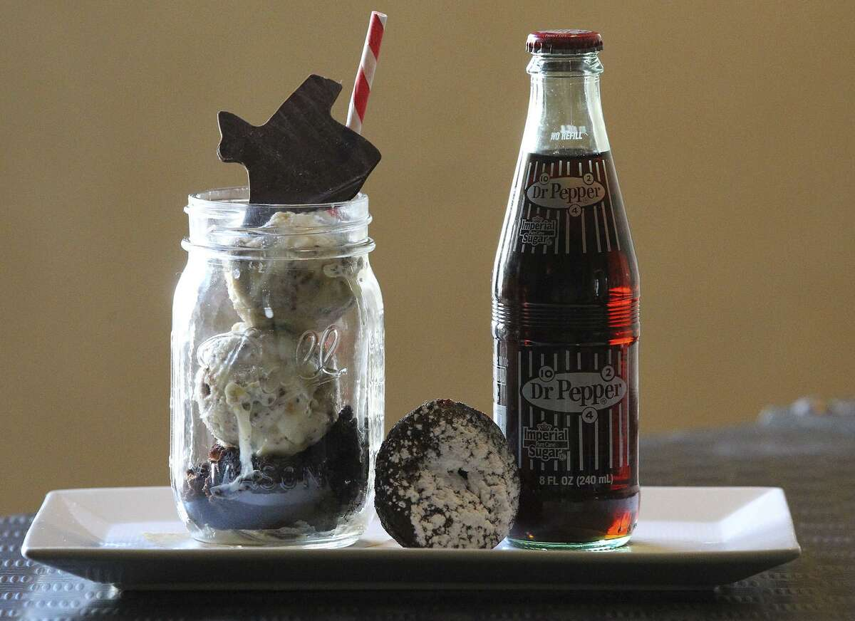 Warm brownie with a root beer float