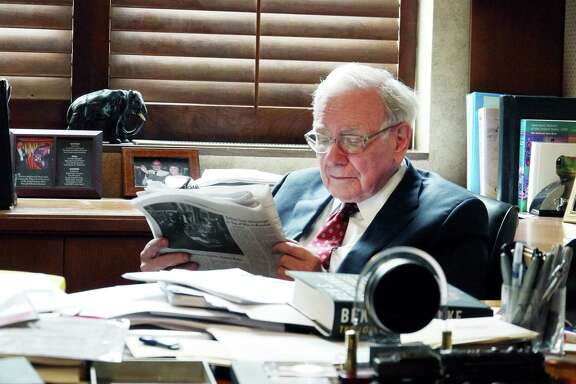 """Warren Buffet's investing success has led him to be considered the """"Oracle of Omaha."""""""