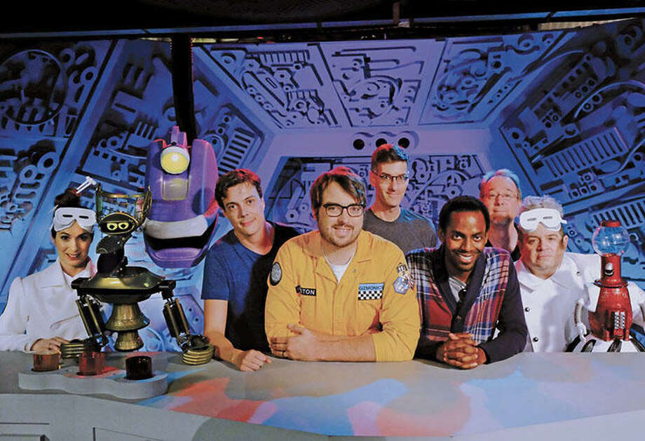 Squee! Crowd-funded 'Mystery Science Theater 3000' has a Netflix release date