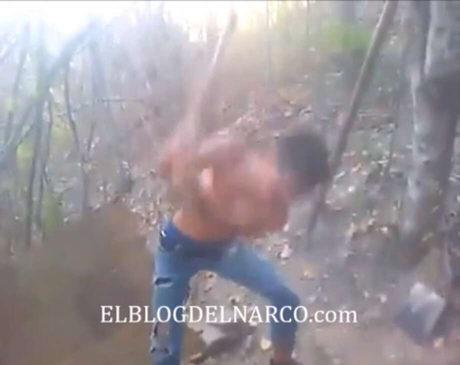 A shocking video shows a member of the Gulf Cartel decapitating a man in Mexico in February 2017, according to Blog del Narco. Photo: Courtesy/Blog Del Narco